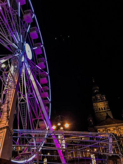 Riesenrad auf dem George Square in Glasgow