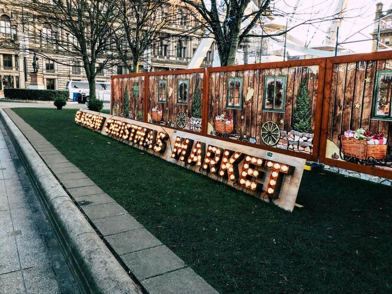 Weihnachtsmarkt in Glasgow